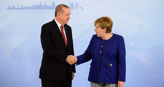 Başkan Erdoğan, Almanya Başkanı Merkel ile görüştü