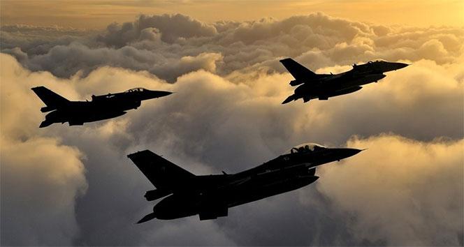 Kuzey Irak'a hava harekatı! Hedefler yerle bir edildi