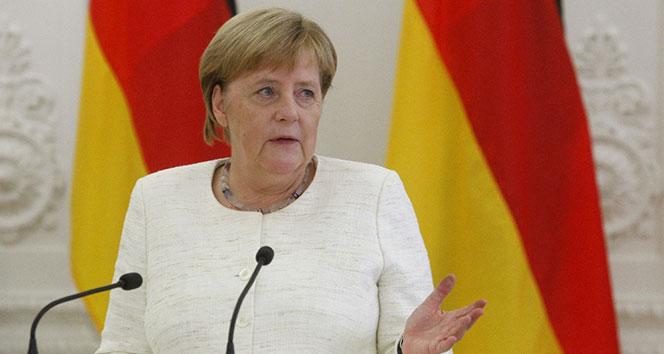 Merkel'den NATO'ya uyarı
