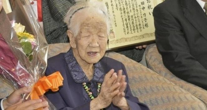 100 yaş üzeri nüfus Japonya'da rekor kırdı