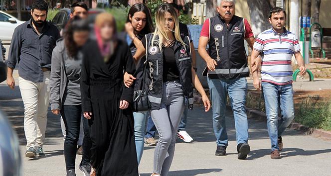 Ankara Emniyeti'ndeki FETÖ'cü polis eşlerinin ablası Adana'da yakalandı