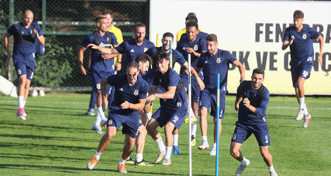 Fenerbahçe'de derbi hazırlıkları sürüyor!!