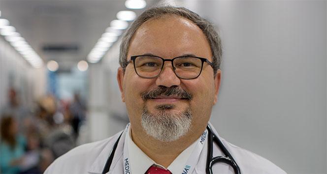 Prof. Dr. Gençbay: 'Kalp hastalığı olan çoğu bireyde cinsel aktivite risk teşkil etmiyor'