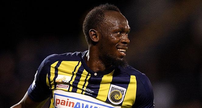 Usain Bolt, futbol kariyerine hızlı başladı