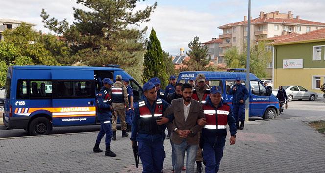 Jandarmanın dikkati kablo hırsızlarını yakalattı