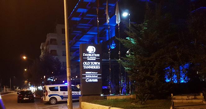 Kuşadası'nda Hilton Oteli otoparkında yangın