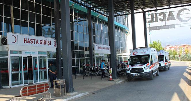 İzmir'de 21 öğrenci gıda zehirlenmesi şüphesiyle hastanelik oldu