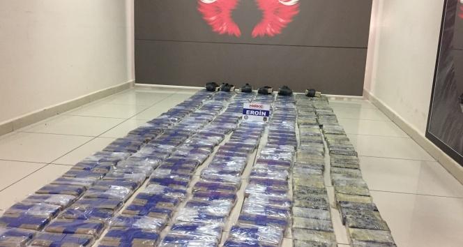 Mersin'de bir tırda 150 kilo eroin ele geçirildi