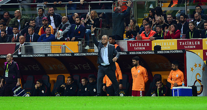 Fatih Terimli Galatasaray ligde evinde ilk kez puan verdi