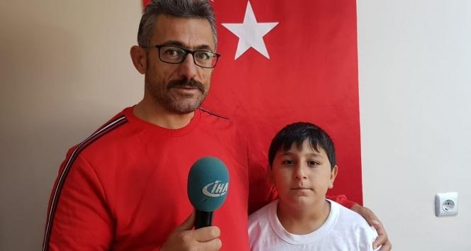 Cumhurbaşkanına ulaşamayan 11 yaşındaki Alperen hüngür hüngür ağladı
