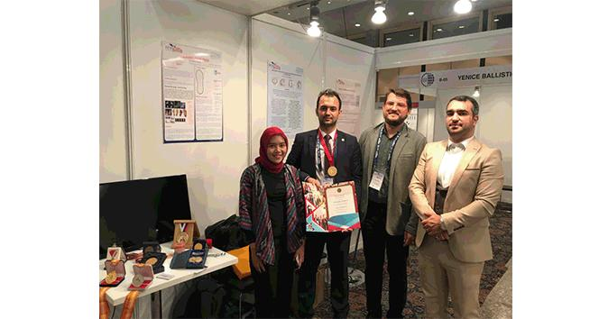 SIF 18 Fuarı'nda İstanbul Aydın Üniversitesi'ne altın madalya