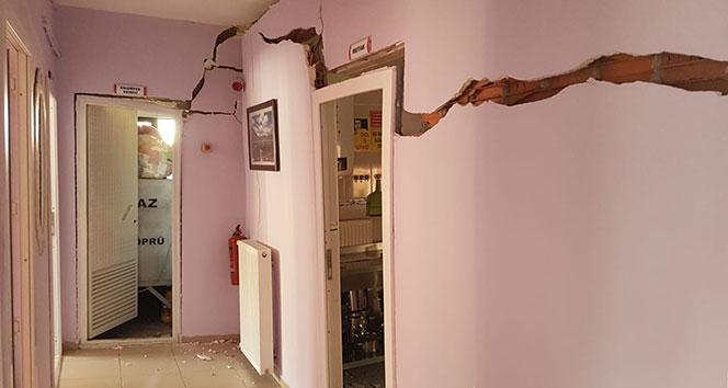 Samsun'da anaokulunun duvarında çatlaklar oluştu