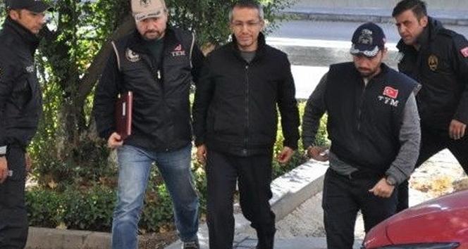Eski savcı Ferhat Sarıkaya çıkarıldığı nöbetçi mahkemece tutuklandı