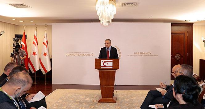 'Kıbrıslı Türkler, Rumların hakim olacağı üniter bir devlette azınlık haklarıyla yetinmeyi kabul etmeyecek'
