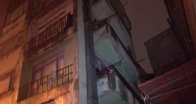 İstanbul'da bir bina çökme riski nedeniyle boşaltıldı