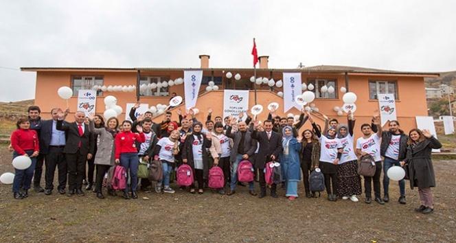 CarrefourSA ve TOG'dan öğrencilere kırtasiye yardımı