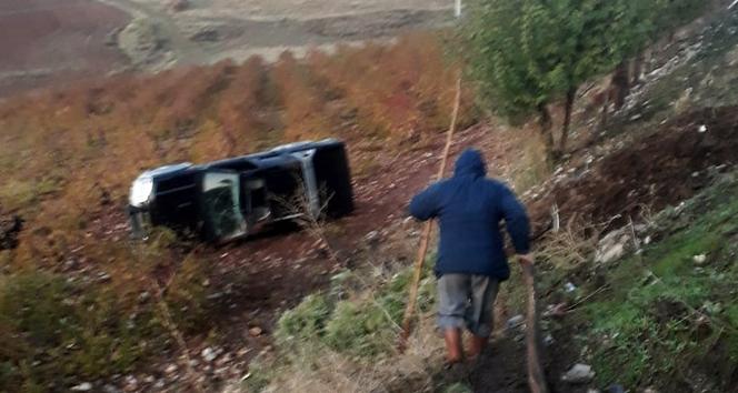 Adıyaman'da otomobil şarampole yuvarlandı: 1 ölü