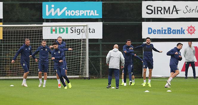 Fenerbahçe, milli oyuncularından yoksun Trabzonspor mesaisini sürdürdü