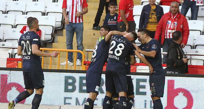 Antalyaspor 3 puanı tek golle aldı