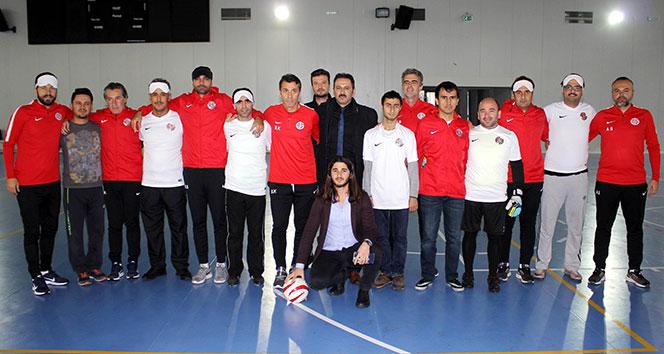 Antalyaspor teknik heyetinden, görme engellilerle maç
