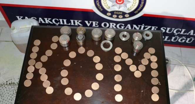 1 kilo 470 gram sahte altını piyasaya süremeden yakalandılar
