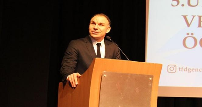 """Prof. Dr. Akalan """"Fizyoterapide 2030 hedefimiz öğrenmektir"""""""