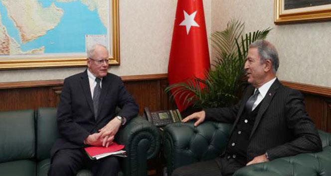 Milli Savunma Bakanı Akar, James Jeffrey ile görüştü
