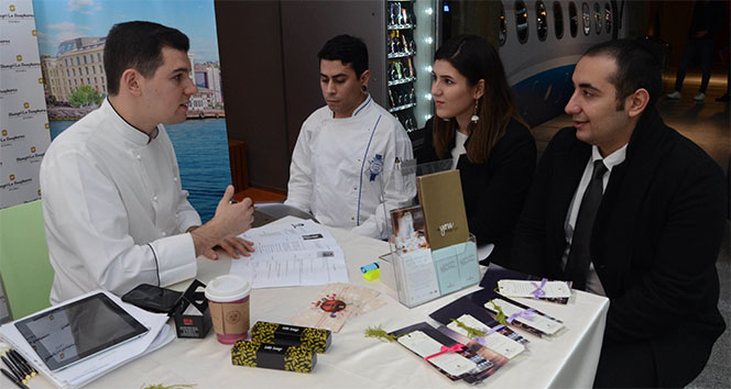 Otel ve yiyecek içecek endüstrisinin öncü işletmeleri öğrencilerle buluştu