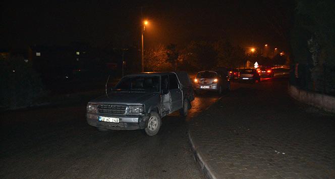 İnegöl'de 3 araç birbirine girdi: 5 yaralı