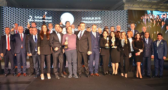 İstanbul Ekonomi Zirvesi Altın Değerler Ödülleri sahiplerini buldu