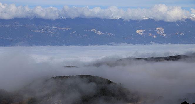 Bulutların altında masalsı hayat