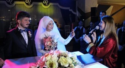 İşadamı Salih Karahan'ın oğlu Vedat Karahan dünya evine girdi