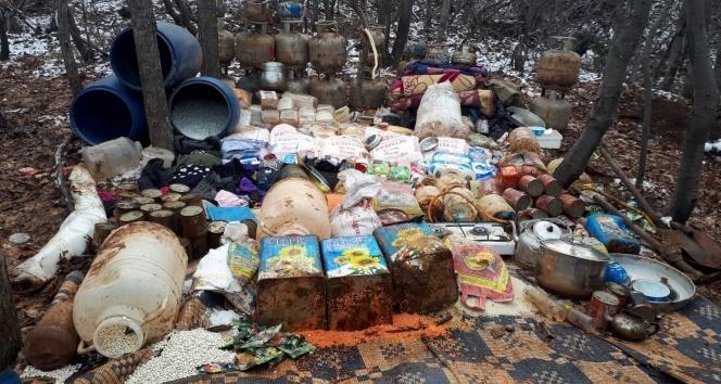 Teröristlerin kış üstlenmesi için hazırladığı 5 odalı sığınak imha edildi