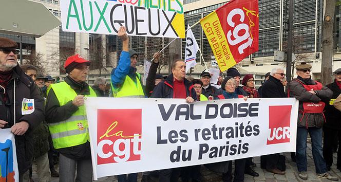 Fransa'da emeklilerden protesto