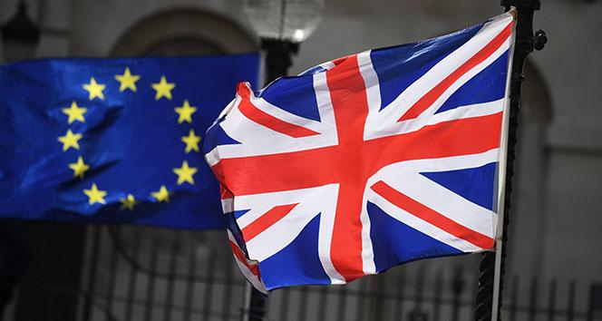 AB, İngiltere'nin anlaşmasız ayrılık ihtimaline karşı önlem aldı