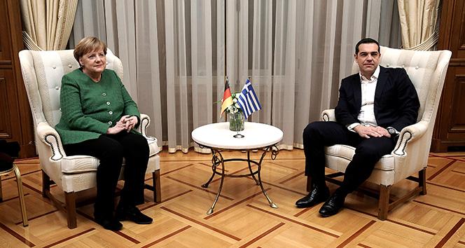 Almanya Başbakanı Angela Merkel Atina'da