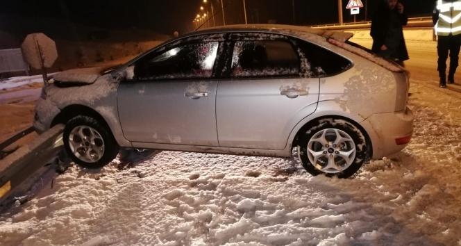 Kar yağışı kazaları beraberinde getirdi!