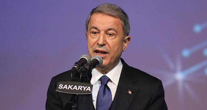 Bakan Akar: 'Türkiye bu coğrafyada var olmak için kendi silahları ile caydırıcı, güçlü ve başarılı olmaya mecburdur'