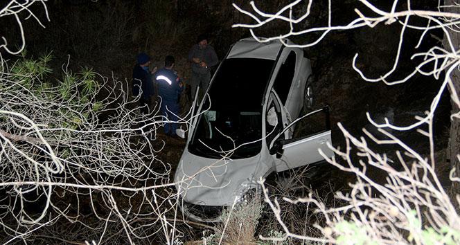 Otomobil dereye uçtu: 1 kişi hayatını kaybetti
