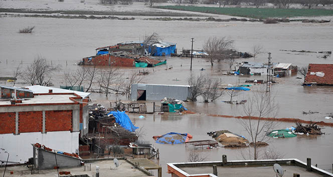 Sel suları Bursa'da durma noktasına getirdi