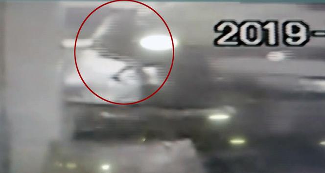 Avcılar'da yolcu minibüsü dehşeti kamerada