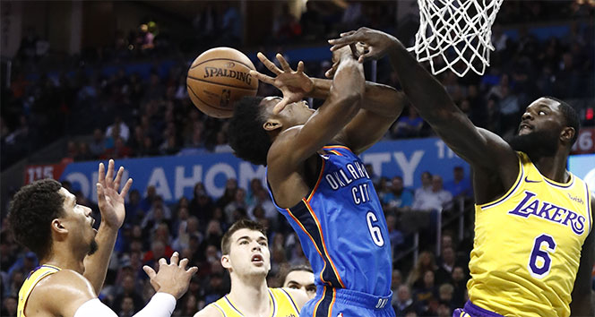 Los Angeles Lakers, Oklahoma City deplasmanında uzatmada güldü