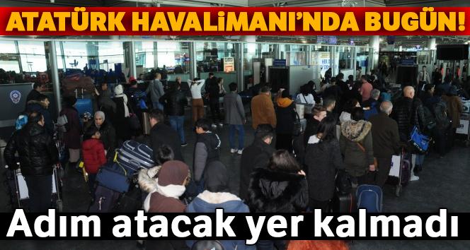 Atatürk Havalimanı'nda karne tatili yoğunluğu!