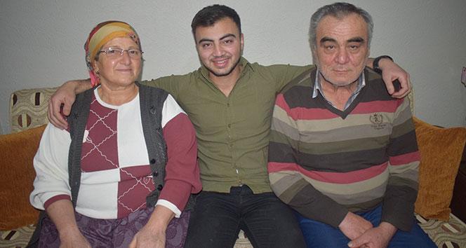 Alaşehirli askerden ailesini ağlatan sürpriz