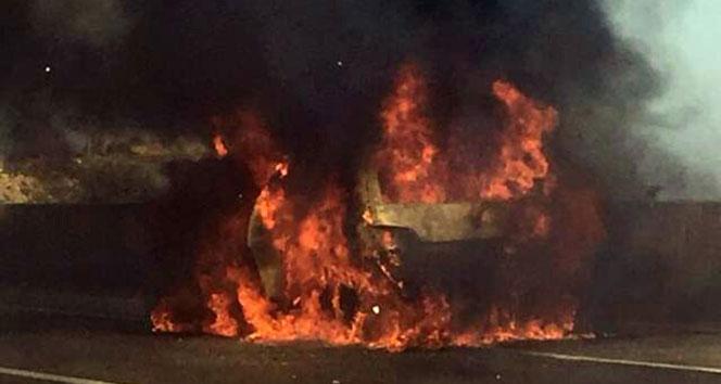 Seyir halindeki LPG'li otomobil alev alev yandı!!