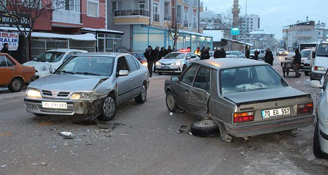 Karaman'da trafik kazası: 2 yaralı!