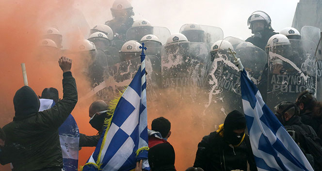 Yunanistan'daki protestolarda 2 Türk gözaltına alındı iddiası