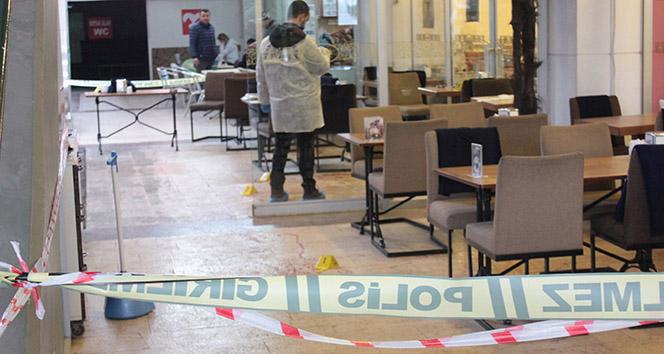 Ataşehir'de kafede silahlar konuştu: 1 yaralı