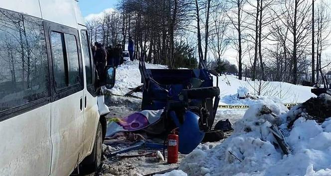 Minibüsle patpat çarpıştı: 1 ölü, 1 yaralı