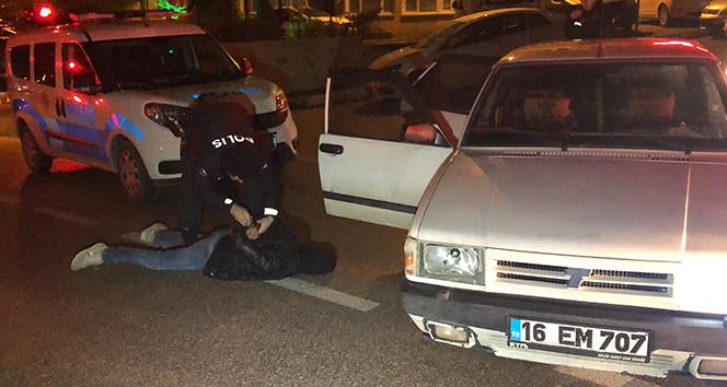 'Dur' ihtarına uymayan 5 şüpheli kovalamaca sonucu yakalandı